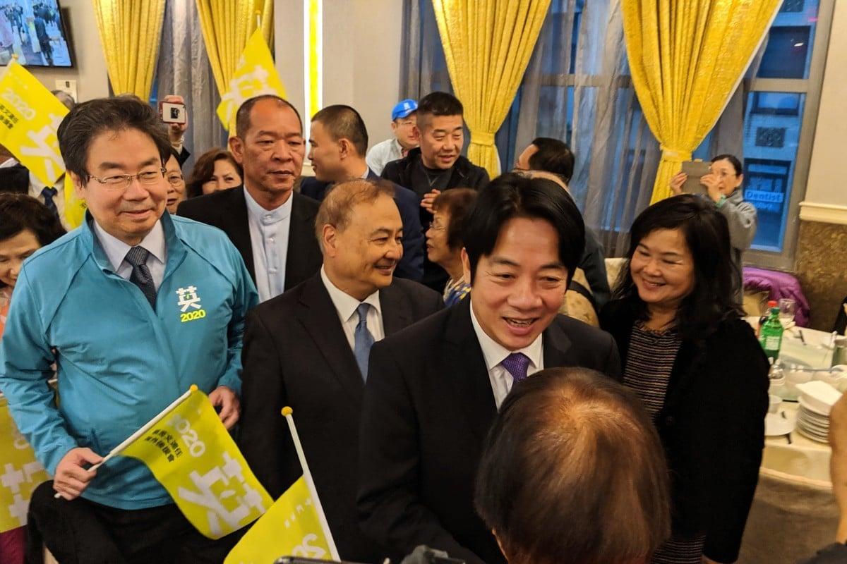 台灣前行政院長賴清德10月20日晚在紐約法拉盛參加蔡英文總統連任造勢大會,受到僑胞熱烈歡迎。 (黃小堂/大紀元)