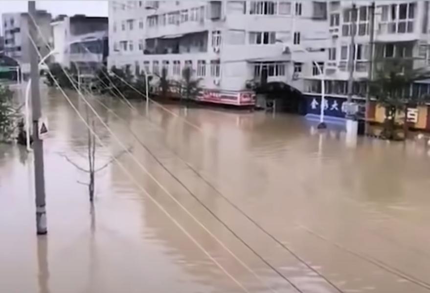 【一線採訪】上游洩洪 成都金堂水漫二樓