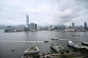 港版國安法引擔憂 香港人尋求海外置產