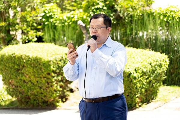 洛杉磯法輪功學員王東林。(季媛/大紀元)