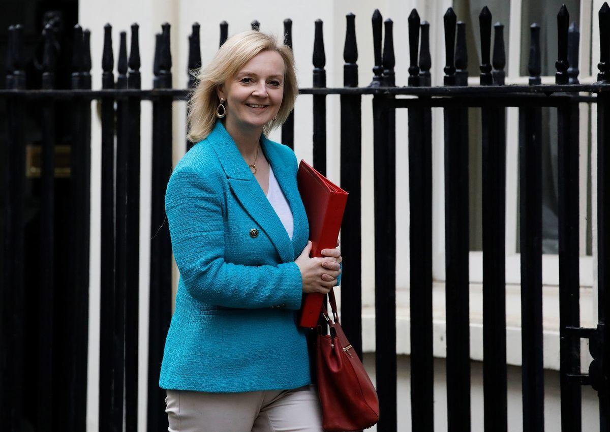 英國國際貿易大臣莉茲·特魯斯(Liz Truss)2021年1月29日指控中共的貿易行為,破壞了人們對全球貿易體系的信任。特魯斯資料照。(Photo by TOLGA AKMEN/AFP via Getty Images)