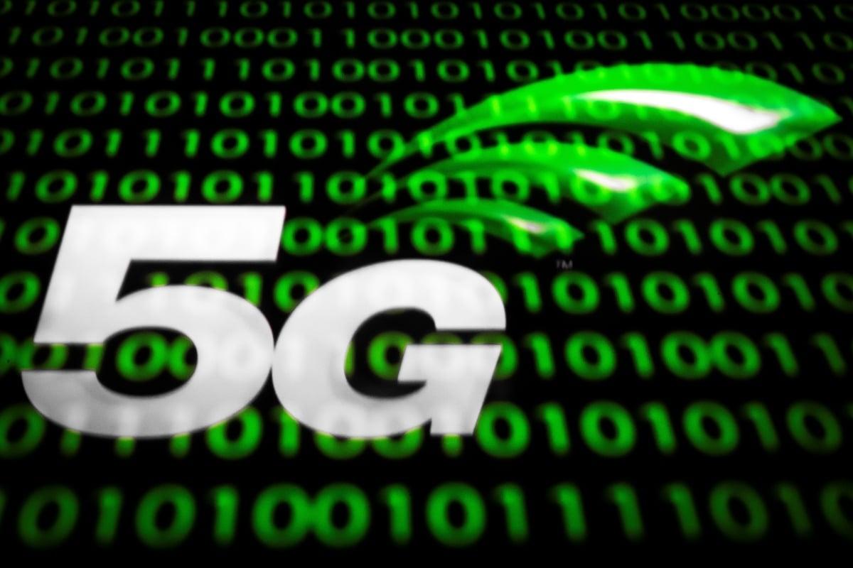 知情人士對《華爾街日報》表示,特朗普政府正在考慮要求美國使用的下一代5G網絡設備,必須在中國境外設計和製造,此舉可能會重塑全球製造業。圖為示意圖。(Lionel BONAVENTURE / AFP)