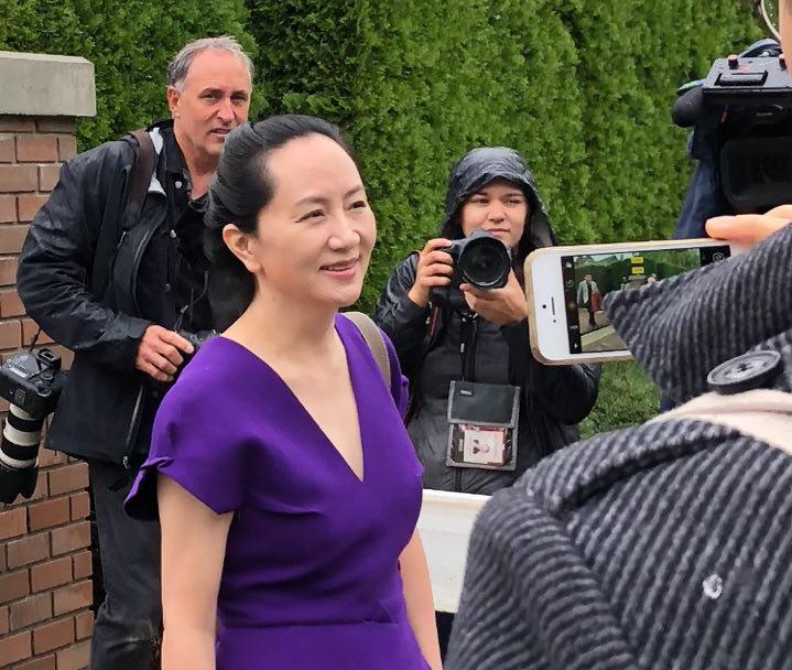2019年9月23日上午,孟晚舟離開溫哥華豪宅前往卑詩最高法院出庭。(王昱莎/大紀元)