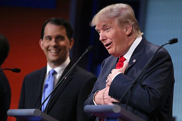 美國地產大亨特朗普(Donald Trump)以政治素人的身份參與總統大選,一路過關斬將成為共和黨總統提名人,在選前最後10天,民調還意外超越希拉莉。(Chip Somodevilla/Getty Images)