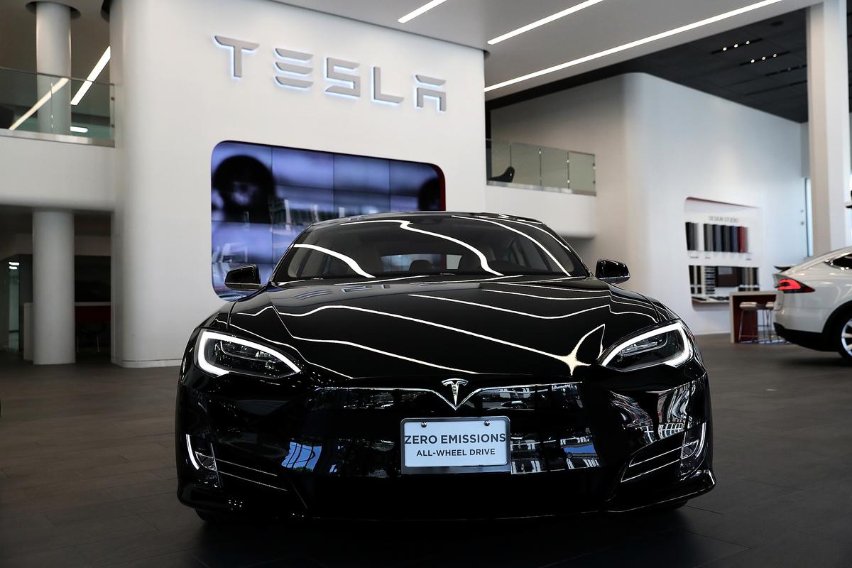 電動汽車的產業,將牽動未來產業發展的新格局。圖為特斯拉的電動車。(Justin Sullivan/Getty Images)
