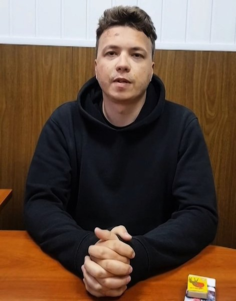 異見記者「被認罪」歐盟全面禁飛白俄羅斯