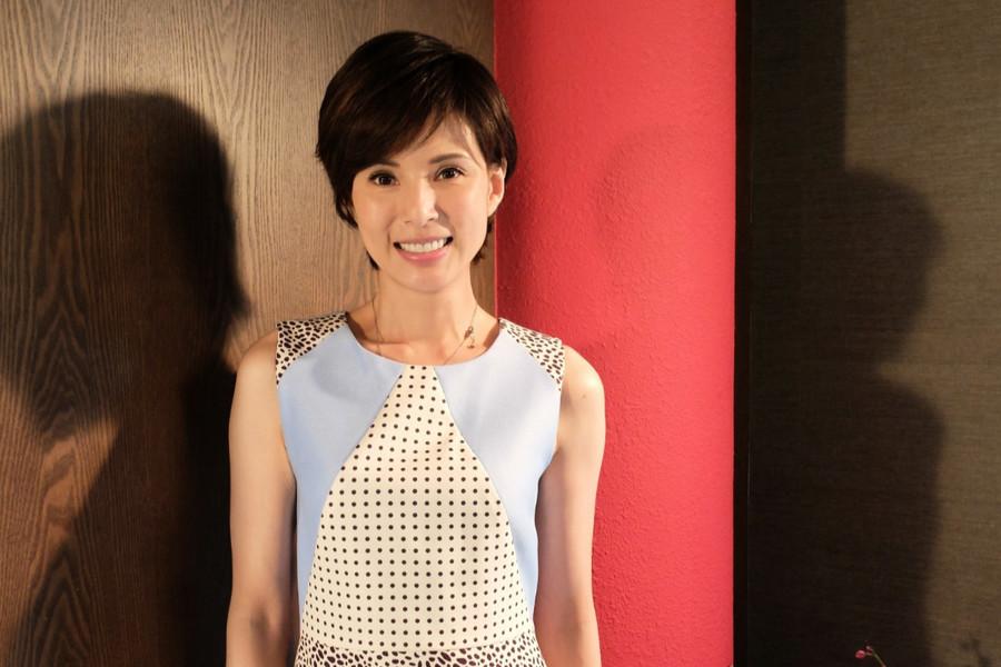 李若彤首度公佈真實年齡 凍齡外表震驚粉絲