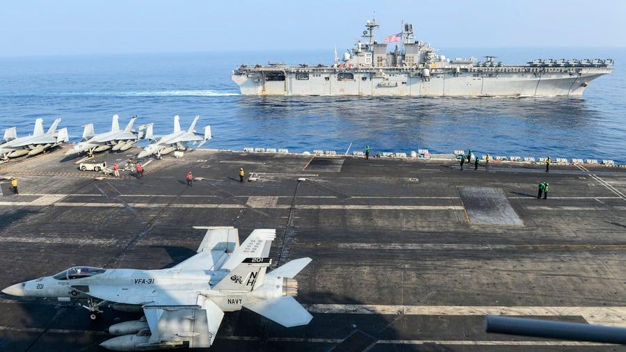 美航母打擊群和兩棲艦隊南海演習 影片曝光