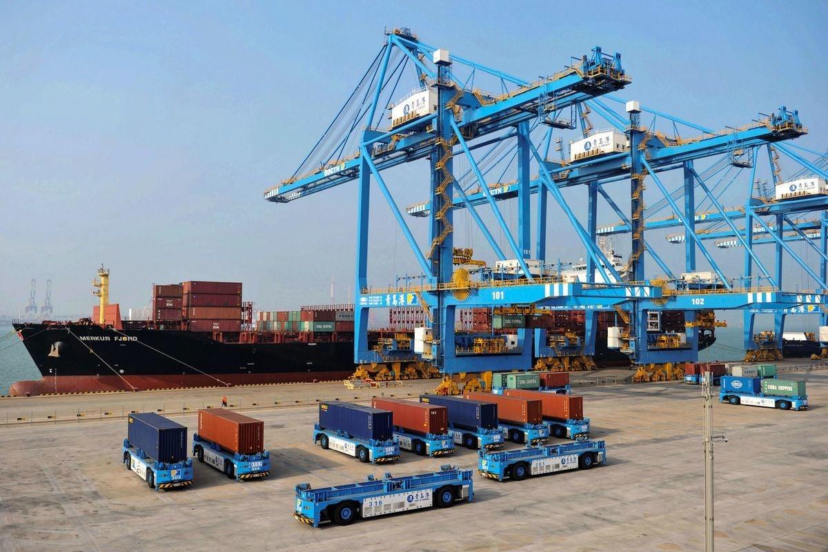 經濟學家們認為,就算是中美雙方達成解決貿易爭端的共識,中國也難以彌補貿易戰對經濟造成的損害。圖為示意圖。(STR/AFP/Getty Images)