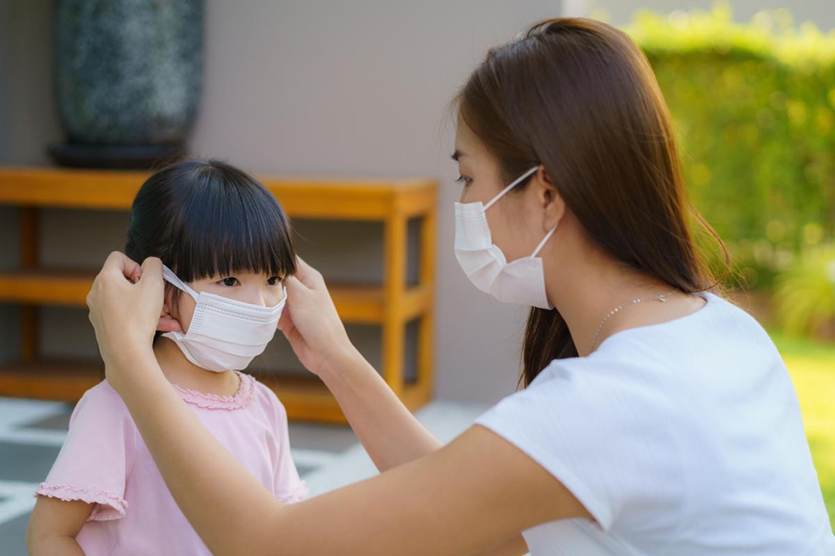哪些是家庭傳播的高危險群?應該如何防範家庭傳染?(Shutterstock)