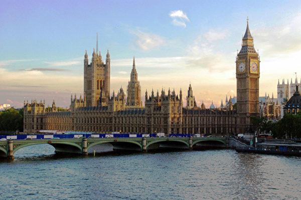 英國中共病毒死亡數破千 三內閣成員自我隔離