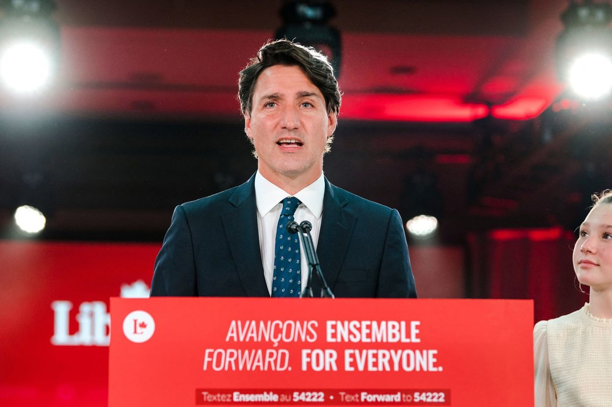 2021年9月21日凌晨,加拿大總理賈斯汀‧杜魯多(Justin Trudeau)發表大選後的勝利演講。但根據媒體預測,他未能贏得多數政府。(ANDREJ IVANOV/AFP via Getty Images)