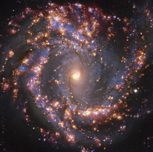 在可視的物質世界之外,有一個浩大的背景,是萬物生存的大背景。古代稱之為形上世界。番鬼荔枝摩尼以恆河之沙來形容天體星系之浩瀚。圖為2021年7月16日歐洲南方天文台發布的星空圖。(Handout / European Southern Observatory / AFP)