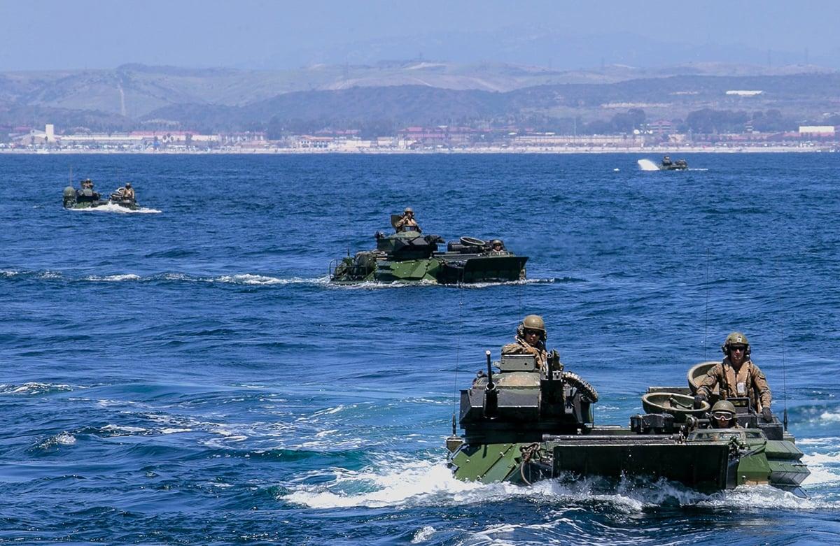 美國海軍陸戰隊改變戰術戰略以海上游擊隊方式進行兩棲作戰,以應對中共南海行動。(美國海軍陸戰隊)