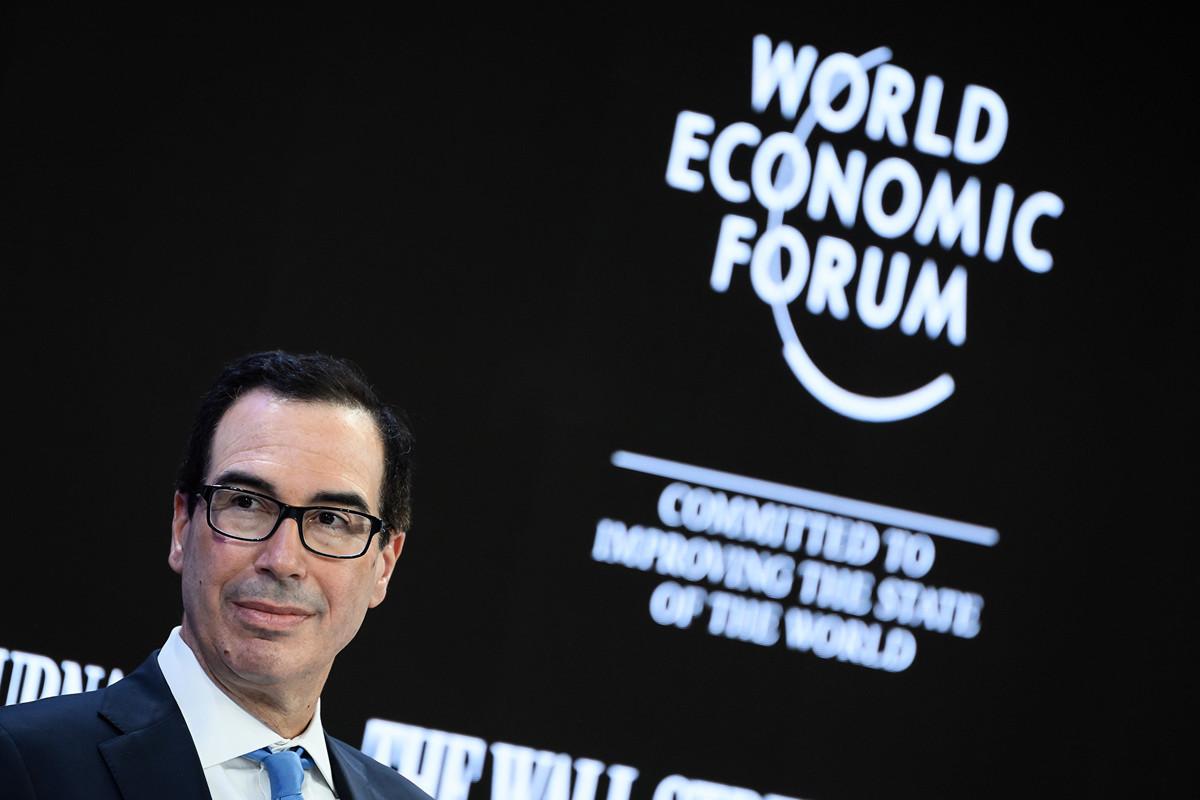 2020年1月21日,美國財政部長史蒂芬·姆欽(Steven Mnuchin)在達沃斯世界經濟論壇上表示,與中方的第二階段貿易協議可能不會消除所有已徵關稅。(Fabrice COFFRINI/AFP)