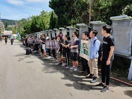 悼國殤日 台灣多所大學發起人鏈撐香港
