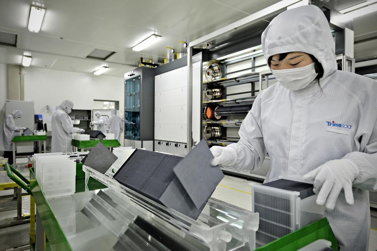 中共政府讓美國在華公司強制轉讓技術,是美中貿易爭端的核心部份。白宮估計,中共此舉每年對美國公司造成500億美元的損失。(Getty Images)