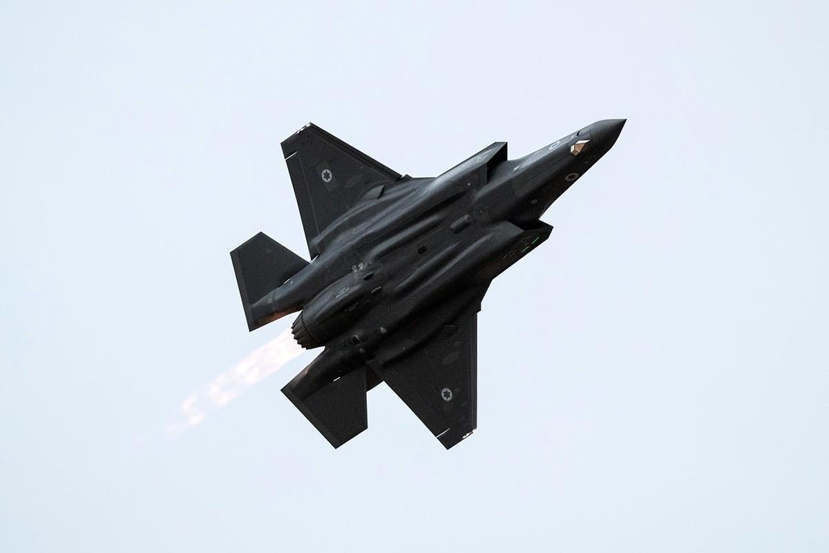 美國官員向土耳其發出最後通牒:或者買美產F-35戰鬥機,或者買俄產S-400導彈系統,不能同時買。圖為以色列的F-35。(JACK GUEZ/AFP/Getty Images)