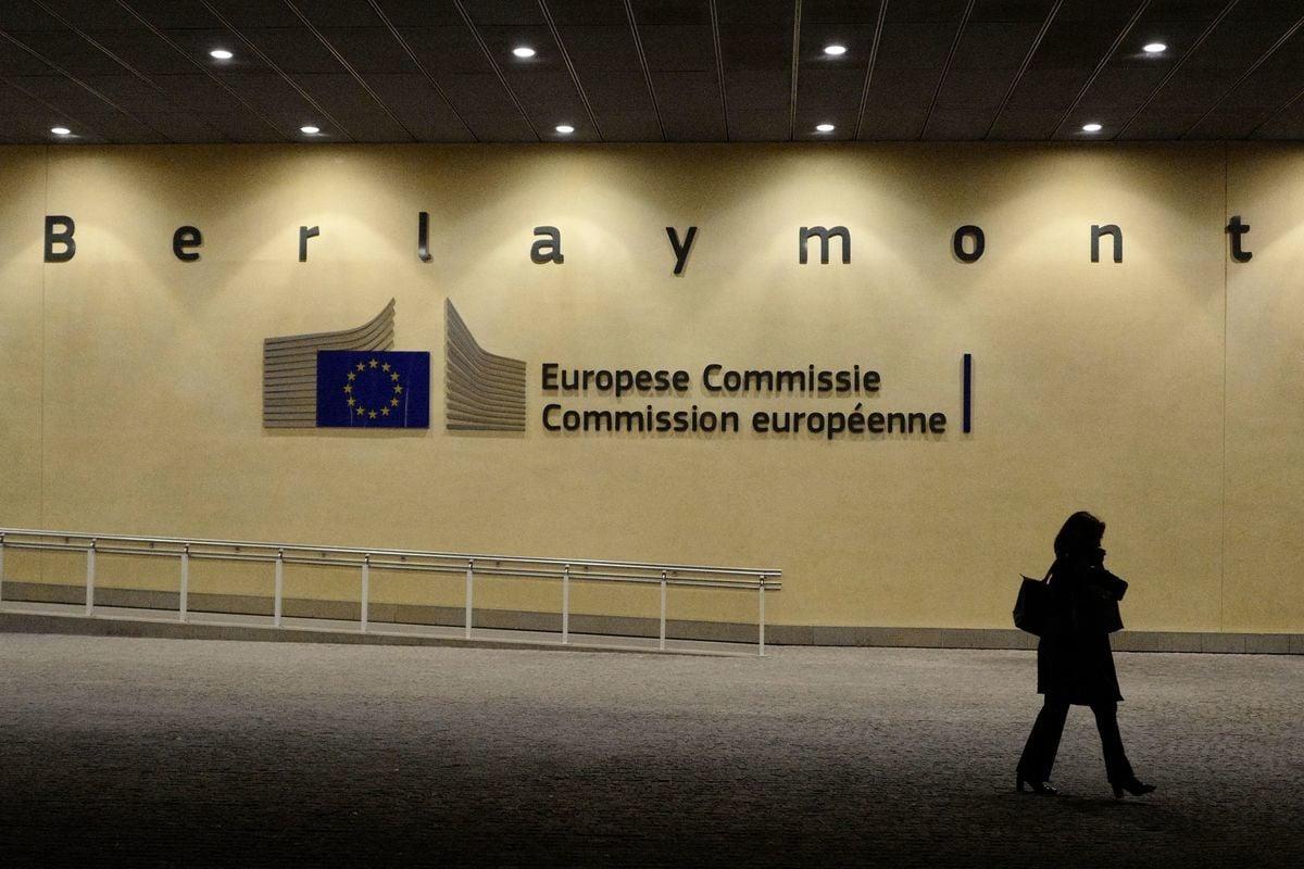 歐盟外交數據庫遭中共一家集團駭入,導致28國數千條敏感電報數據外洩。歐盟對此展開大規模調查。據悉,此次黑客行動和中共軍方有關。圖為歐盟理事會在布魯塞爾達大樓。(LUDOVIC MARIN/AFP/Getty Images)