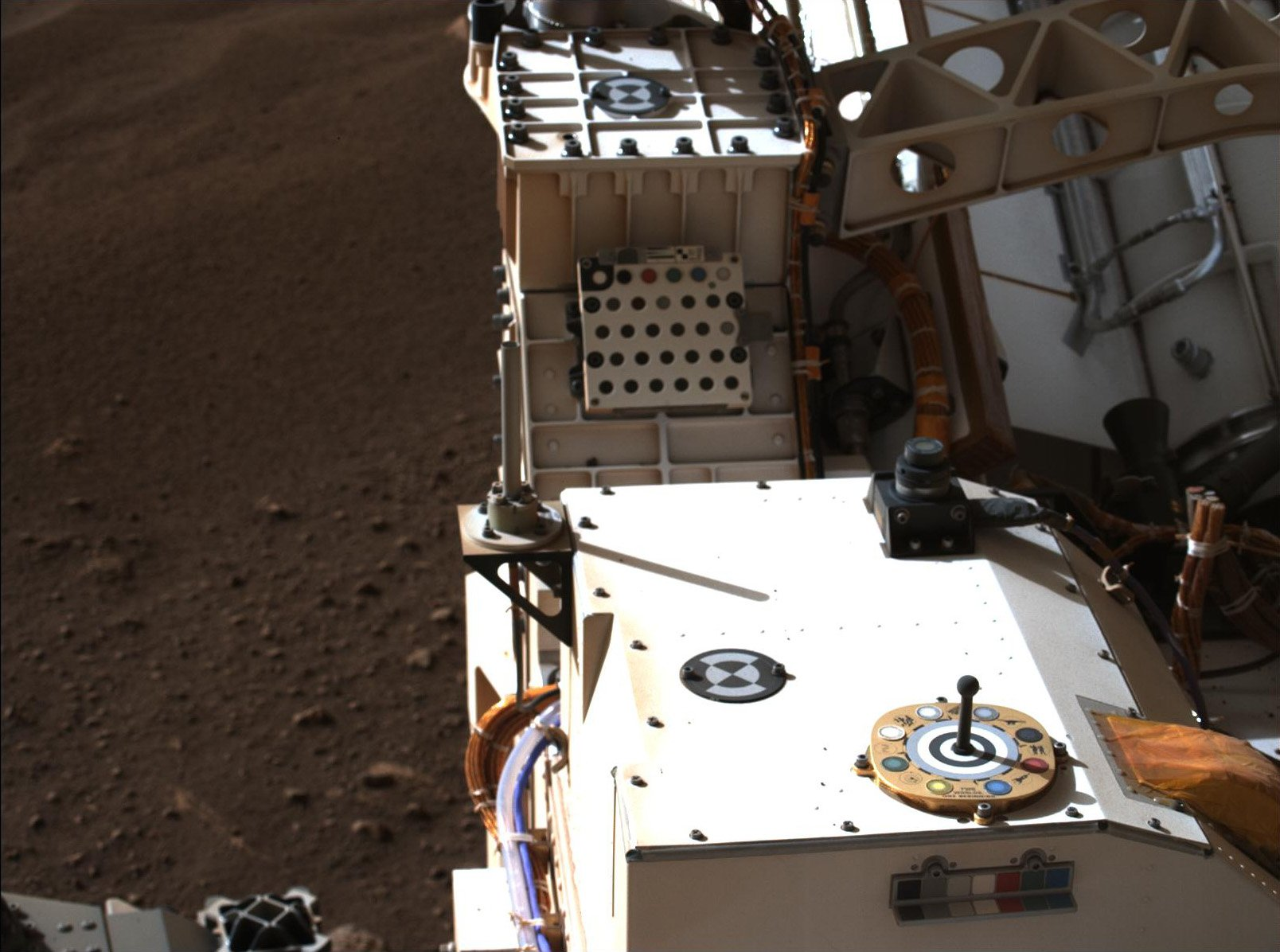 NASA公佈火星探測車「毅力號」新影片,傳來首段火星錄音。(NASA/JPL-Caltech)