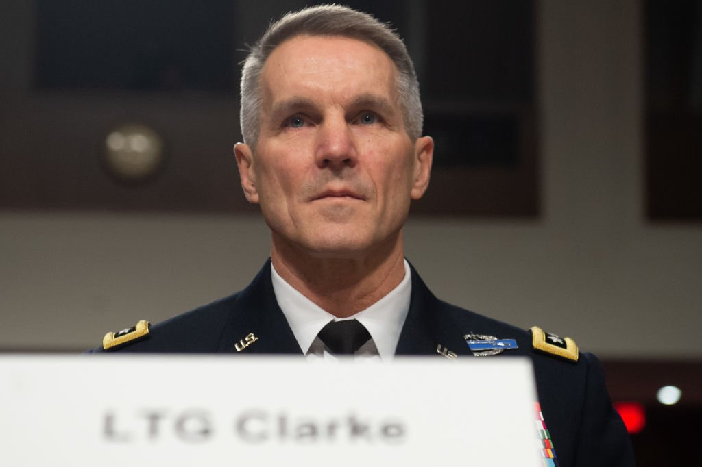 在最近的參議院軍事委員會證詞中,特種作戰司令部司令官克拉克將軍(Richard D. Clarke)披露,美軍正準備建立第一支「印度—太平洋聯合特遣隊」(The Joint Task Force Indo-Pacific),特遣部隊最重要的任務之一,是「打擊中共不斷擴大的一些造謠活動」。 (SAUL LOEB/AFP via Getty Images)