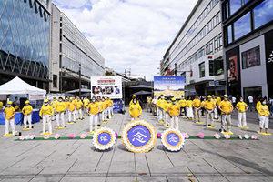 德國法輪功集會反迫害 政要支持 民眾三退