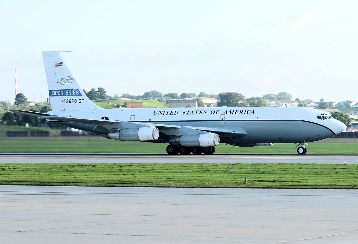 圖為美國OC-135開放天空偵察機。(Photo by Charles J. Haymond / US AIR FORCE / AFP)