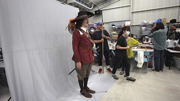 《台灣三部曲》荷蘭士兵造型定裝照。(米倉影業提供)
