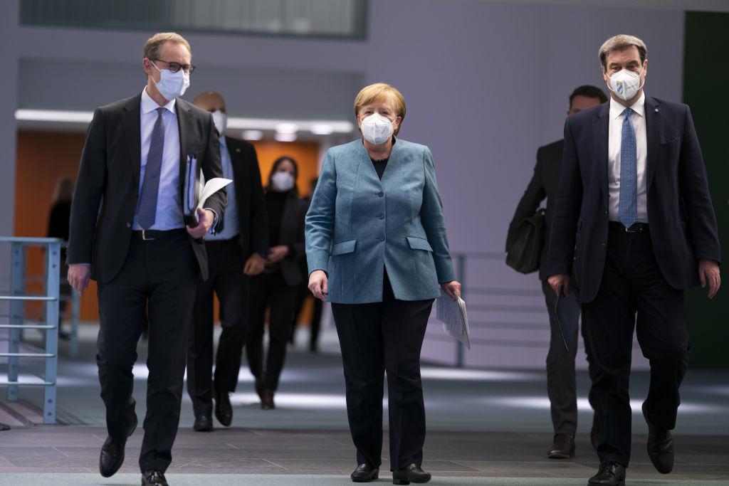 針對疫苗接種出現的諸多問題,德國2月1日召開疫苗峰會,疫苗生產商代表也參與討論。(Henning Schacht - Pool/Getty Images)