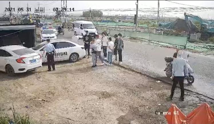 黑保安堵車 南通訪民被以「危險駕駛罪」傳喚【影片】
