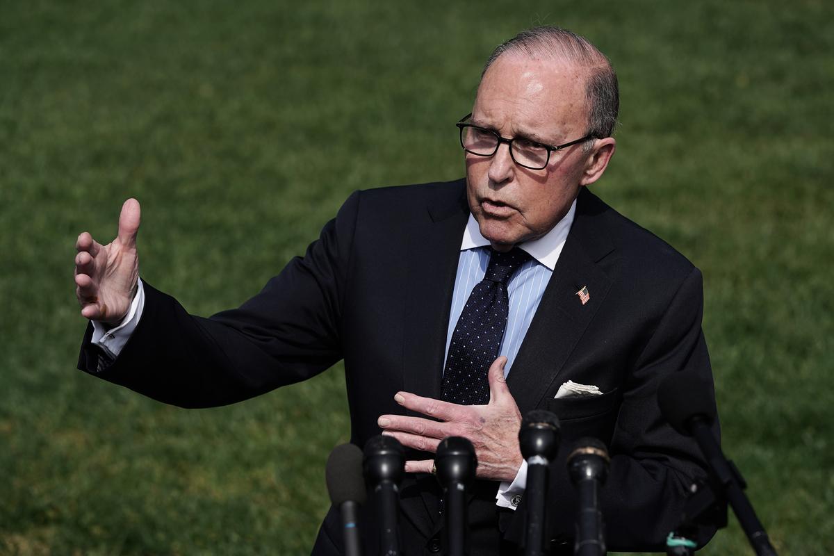8月25日,庫德洛在接受媒體採訪時表示,特朗普總統必須捍衛美國的經濟。(Chip Somodevilla/Getty Images)