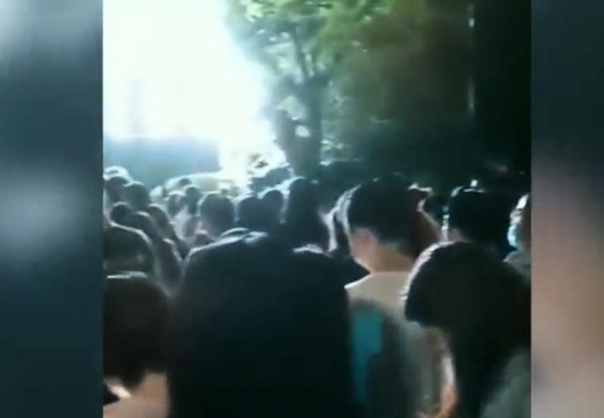 【一線採訪】鄭州醫院爆群聚感染 民眾:疫情嚴重
