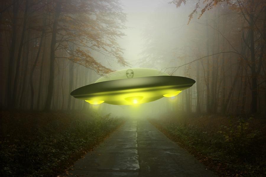 UFO頻光顧 前美軍官:技術領先美一千年