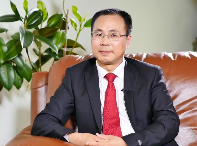 前中共政治局常委、中紀委書記尉健行的撰稿人王友群博士。(新唐人電視台)
