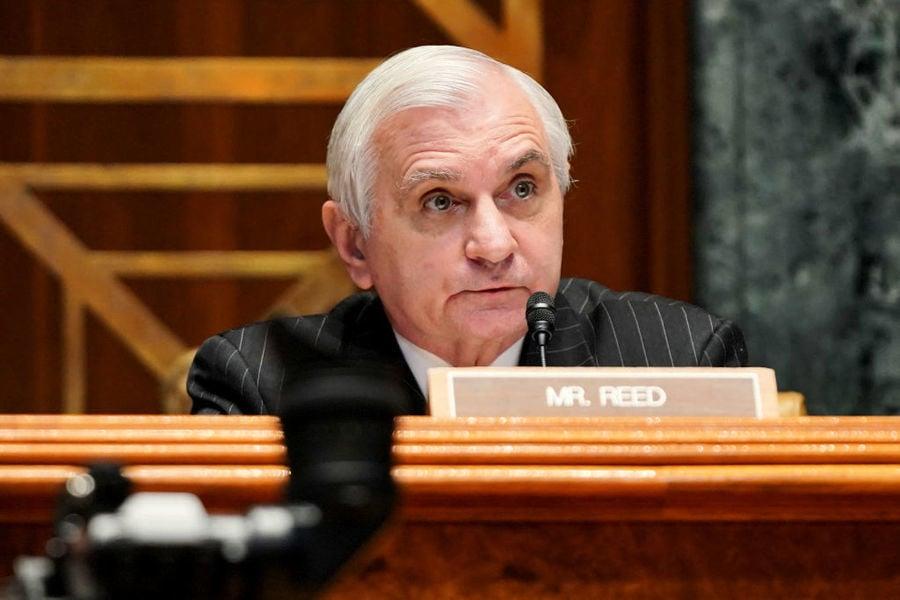 重量級參議員:美國想阻止中共在台海的活動