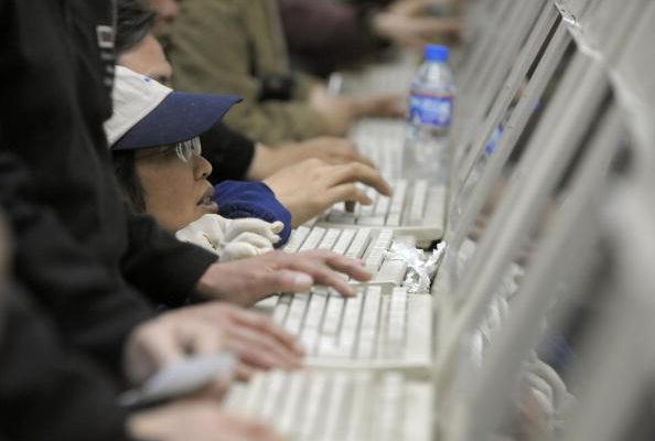 近期中共加強對網絡言論的管控。(LIU JIN/AFP/Getty Images)