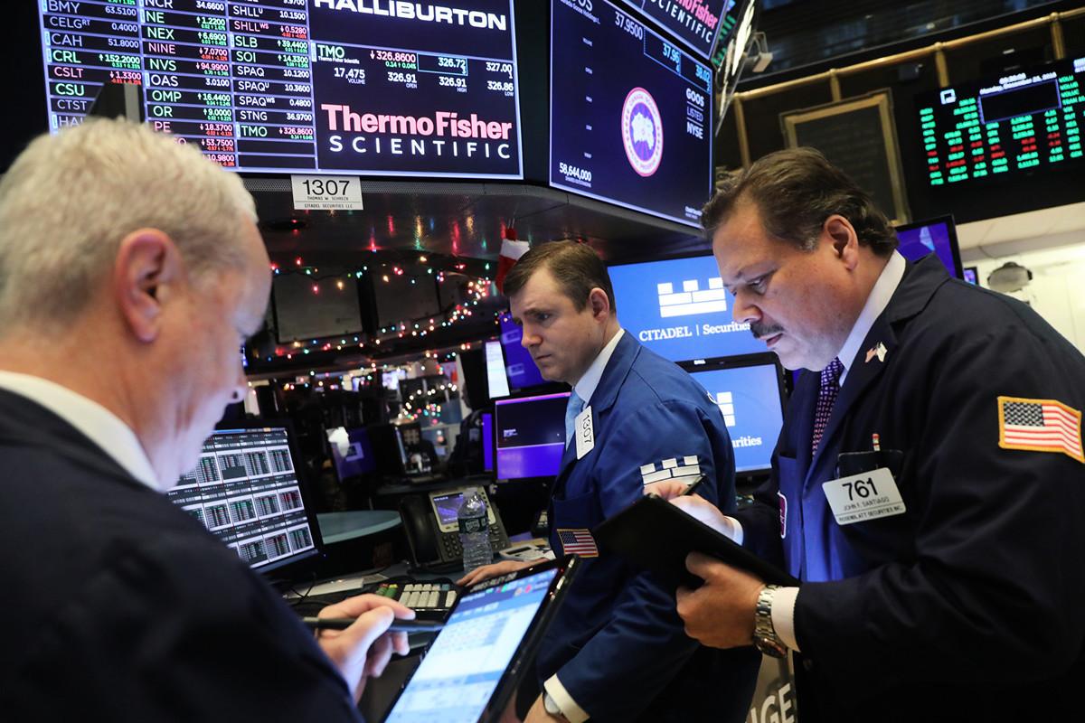 美國總統特朗普在2018年12月表示,當時是購買股票的大好機會。圖為2019年12月23日,美國紐約證券交易所一景。(Spencer Platt/Getty Images)