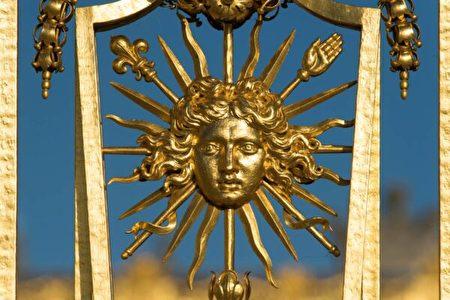法王路易十四以太陽作為他的象徵;他也因此被稱作太陽王。(Thomas Garnier/Chateau de Versailles,凡爾賽宮提供)