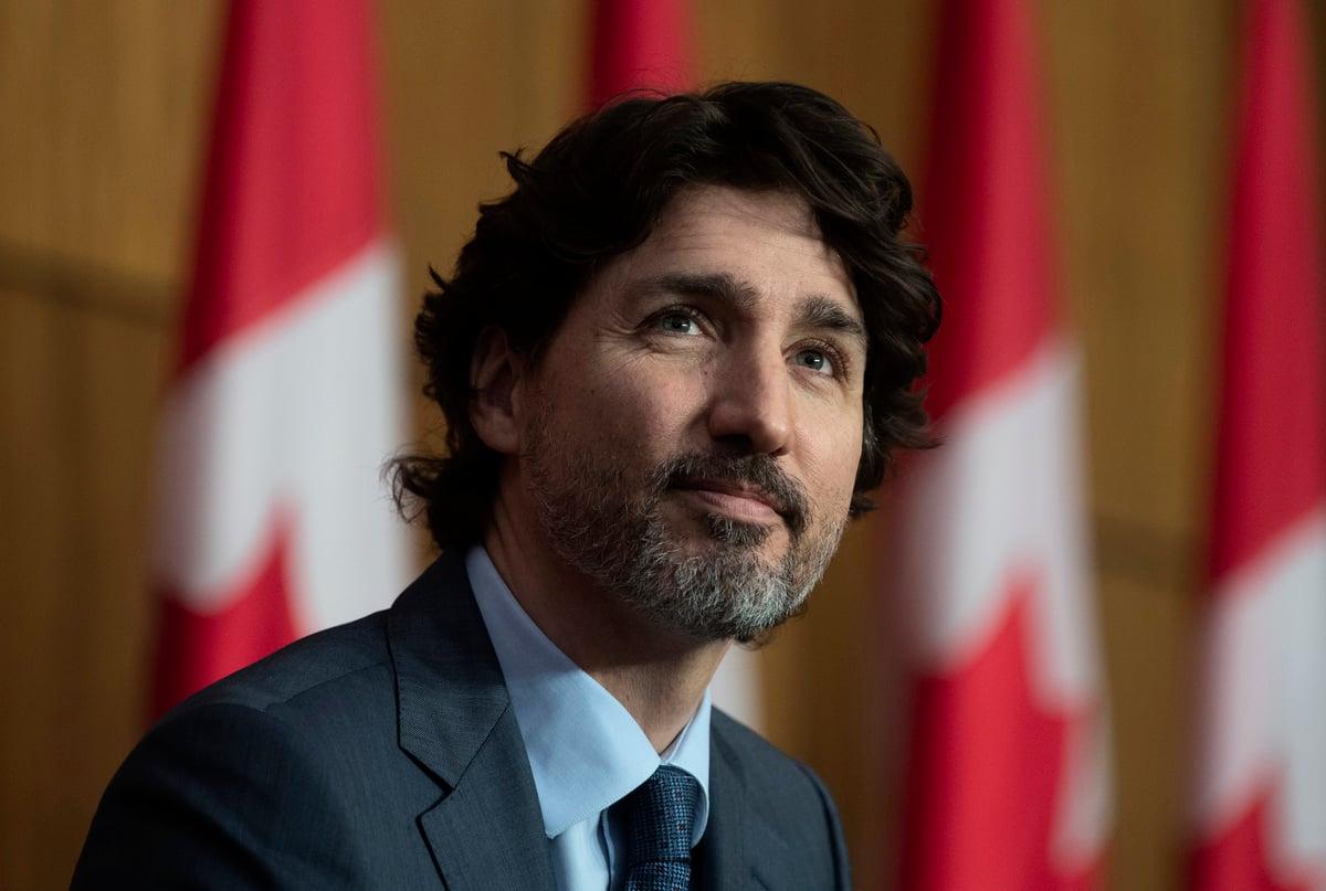 2021年3月3日晚,加拿大總理杜魯多在新聞會上再次表示,中共捏造罪名,關押兩名加拿大人。(Adrian Wyld/加通社)