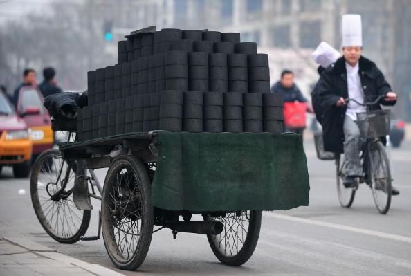 浙江一家熟食店因燒蜂窩煤 遭當局重罰3萬