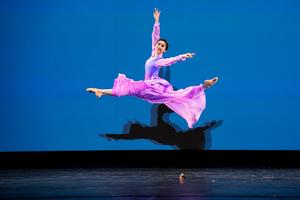 中國古典舞大賽金獎得主楊美蓮:藝無止境