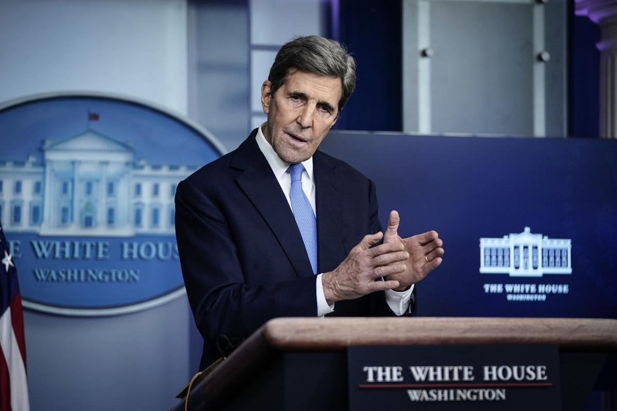 傳美國總統氣候變化特使約翰‧克里(John Kerry)9月再次訪華,或為拜登與習近平在10月的20國集團峰會期間會晤做鋪墊。圖為2021年1月27日總統氣候特使約翰‧克里在白宮舉行的新聞發布會上發言。(Drew Angerer/Getty Images)