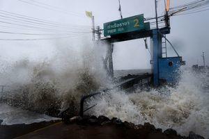 熱帶風暴帕布登陸泰國 約4萬遊客滯留