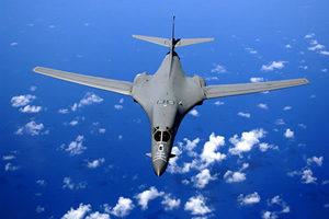 美國冷戰武器今派用場 B-1B轟炸機