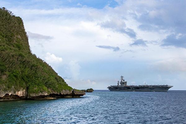 2020年6月24日,尼米茲號航空母艦(CVN 68)抵達關島,艦隊還包括普林斯頓號巡洋艦(CG 59)、斯特雷特號驅逐艦(DDG 104)和約翰遜號驅逐艦(DDG 114),成為第2支部署在西太平洋的美軍航母艦隊。(美國印太司令部)