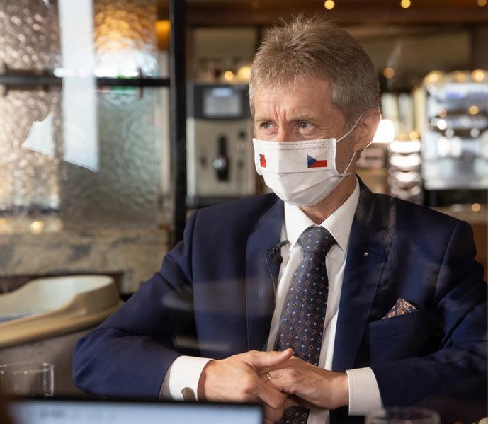 捷克參院議長維特齊2020年9月4日透露,3日晚間和訪團成員交流,大家都對這次的台灣行很滿意,身為團長,「還有甚麼比這個更棒的回饋呢?」(中央社)