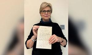 沙發後藏52年前信件 11歲童準確預測未來