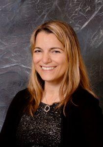 京士頓(Kingston)市議員Lisa Osanic發出祝賀信表彰法輪大法,「法輪大法修煉人展現出的善良和忍讓,感動了全世界的眾多民眾。」