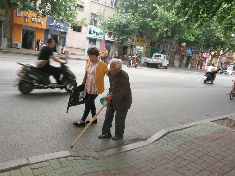老人也不放過 中共瘋狂綁架法輪功學員