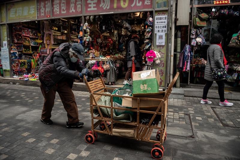 組圖:「被脫貧」的中國農民工求生百態